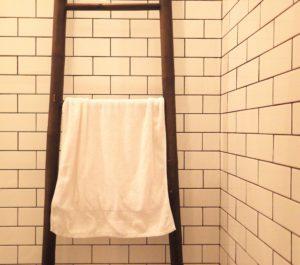 Tegelzetter Alkmaar badkamer wandtegels
